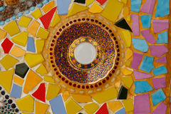Decoração cerâmica colorida do teste padrão com os seixos feitos do pebbl Fotografia de Stock Royalty Free