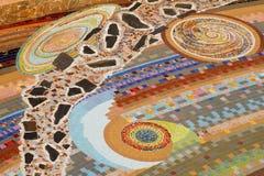 Decoração cerâmica colorida do teste padrão com os seixos feitos do pebbl Fotografia de Stock
