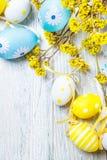 Decoração colorida dos ovos de Easter Fotos de Stock