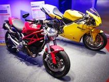 A decoração conduzida ilumina a sala de exposições Ecolighttech Ásia 2014 da motocicleta Fotos de Stock Royalty Free