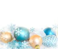 Decoração da árvore de abeto do Natal isolada no fundo branco Composição do feriado Fundo festivo vazio Fotografia de Stock Royalty Free