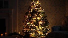 Decoração da árvore do ano novo vídeos de arquivo
