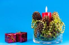Decoração da bacia do Natal Fotos de Stock Royalty Free