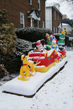 Decoração da casa do Natal com caráteres de Disney Fotografia de Stock