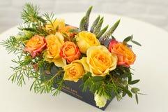 Decoração da flor de um interior fotografia de stock royalty free