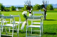 Decoração da flor em um casamento ao ar livre fotos de stock