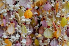 Decoração da lembrança feita de shell coloridos do mar Fotografia de Stock