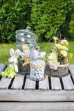 Decoração da Páscoa no jardim Fotografia de Stock Royalty Free