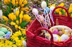 Decoração da Páscoa no jardim Fotos de Stock