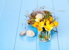 Decoração da tabela com ovos da páscoa Fotografia de Stock Royalty Free