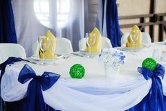 Decoração da tabela do casamento no azul casamento Imagem de Stock