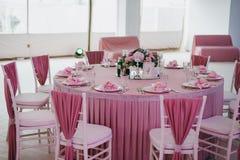 Decoração das tabelas no casamento fotografia de stock