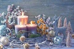 Decoração das velas e do Natal imagens de stock royalty free