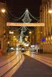 Decoração de Christmass na cidade imagem de stock royalty free