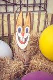 Decoração de madeira do coelho da Páscoa Imagens de Stock Royalty Free