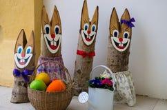Decoração de madeira do coelho da Páscoa Foto de Stock Royalty Free