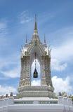 Decoração de Stupa em Wat Pho, Banguecoque imagens de stock