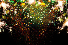 Decoração do ano novo, close up em fundos dourados Fotos de Stock Royalty Free