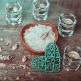 Decoração do bem-estar, conceito dos termas em Valentine& x27; dia de s fotografia de stock