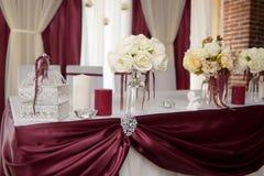 Decoração do casamento, Marsala da cor Fotografia de Stock