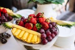 Decoração do fruto da tabela do casamento Imagens de Stock Royalty Free