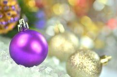 Decoração do Natal, bolas coloridas do Natal Fotografia de Stock Royalty Free