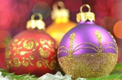 Decoração do Natal, bolas coloridas do Natal Imagens de Stock Royalty Free