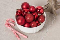Decoração do Natal Bolas e Bels vermelhas naughty foto de stock