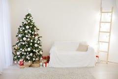 Decoração 2018 do Natal com árvore e presentes de Natal Fotografia de Stock