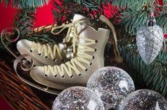 Decoração do Natal com presentes e balões Fotografia de Stock Royalty Free