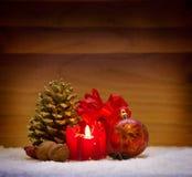 Decoração do Natal e vela do advento Fotos de Stock Royalty Free