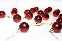 Decoração do Natal Fundo vermelho das esferas do Natal Foto de Stock