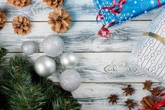 Decoração do Natal na tabela de madeira Fotografia de Stock Royalty Free