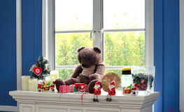 Decoração do Natal no lado da janela Foto de Stock