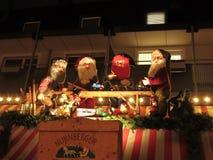 Decoração do Natal sob a forma de um grupo de gnomos Fotos de Stock