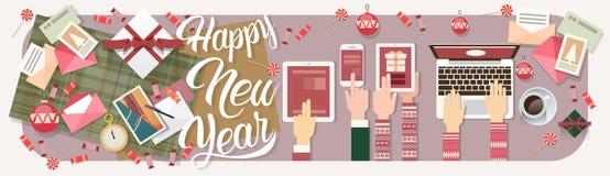 Decoração do presente do Natal da tabuleta do telefone do portátil do ano novo do dispositivo da eletrônica de dispositivo da pos Fotografia de Stock Royalty Free