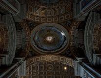 Decoração do teto na basílica de St Peters Fotografia de Stock Royalty Free