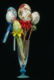 Decoração dos ovos da páscoa feito a mão Fotografia de Stock Royalty Free