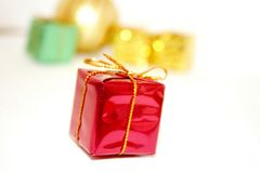 Decoração dos presentes do Natal com espaço branco da cópia Fotografia de Stock