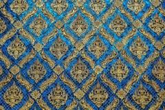 Decoração dourada da parede de buddha Foto de Stock