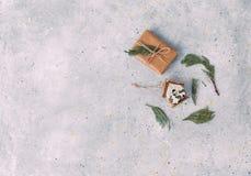 Decoração e caixas de presente do Natal Imagens de Stock Royalty Free