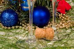 Decoração e champanhe do Natal Fotografia de Stock Royalty Free