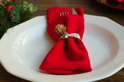 Decoração elegante do Natal para o jantar festivo fotografia de stock royalty free
