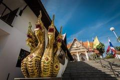 Decoração exterior na arquitetura tailandesa do estilo imagens de stock