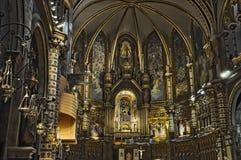 Decoração interior da basílica de Mare de Montserrat, Barcelona, Catalonia, Espanha foto de stock