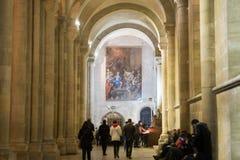 Decoração interior das colunas da catedral cristã Imagem de Stock Royalty Free