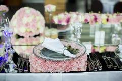 Decoração luxuosa do casamento da tabela foto de stock