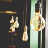 Decoração luxuosa retro bonita da lâmpada da iluminação interior imagem de stock