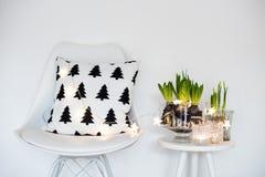 Decoração minimalista da sala imagem de stock royalty free