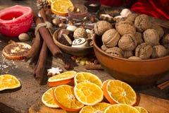 Decoração Nuts e festiva Fotografia de Stock